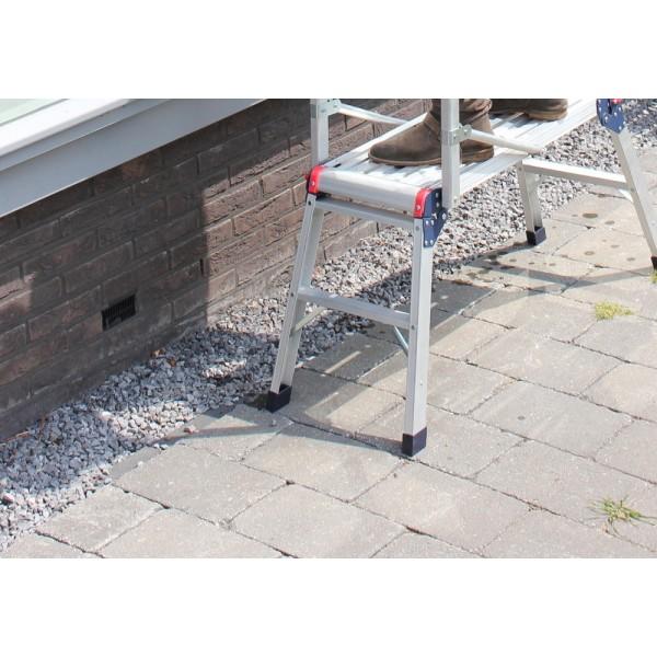 Sulenkiamos kopėčios-platforma su atrama ALTREX